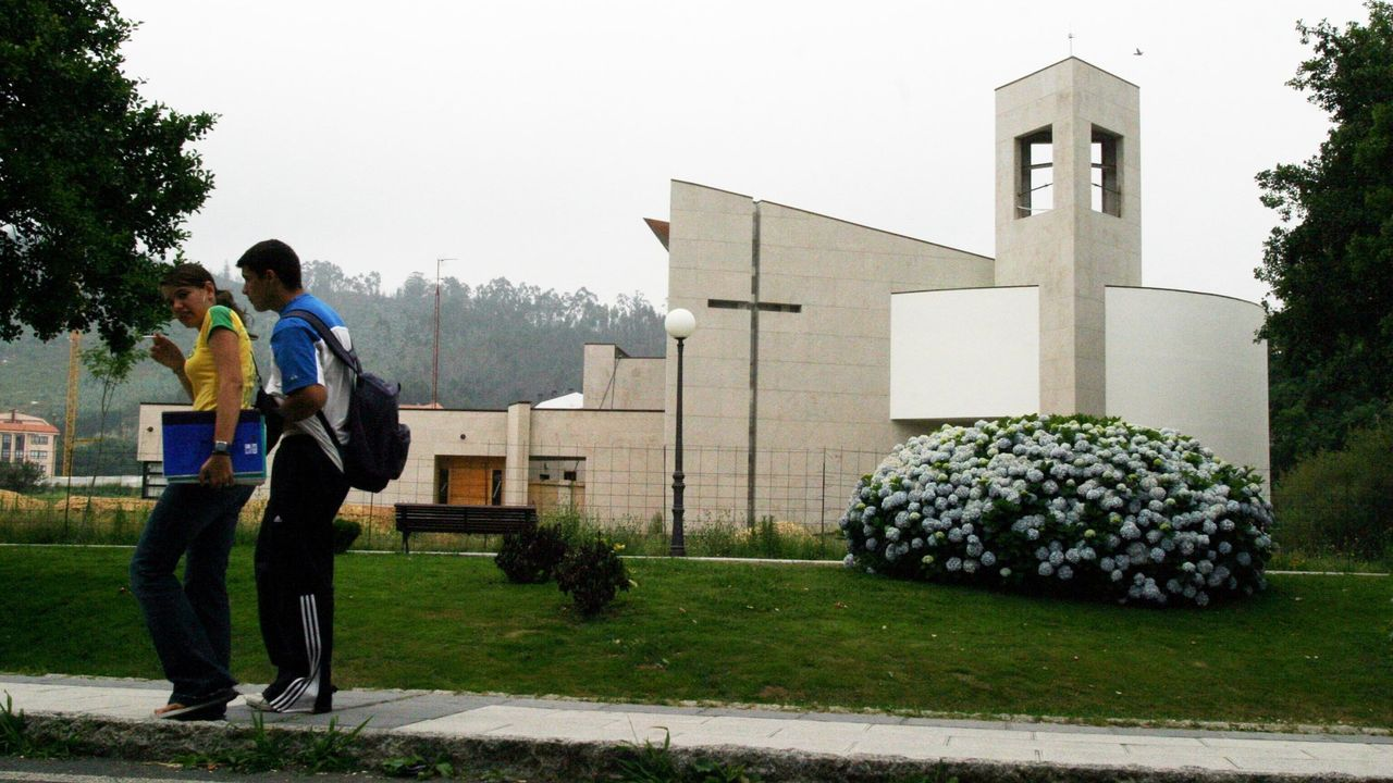 arteixo iglesia.Centro Penitenciario de Asturias