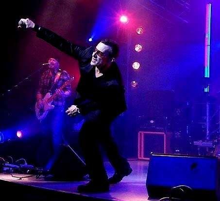Stefano «Zeno» lidera la banda Zen Garden, que rinde tributo a U2.