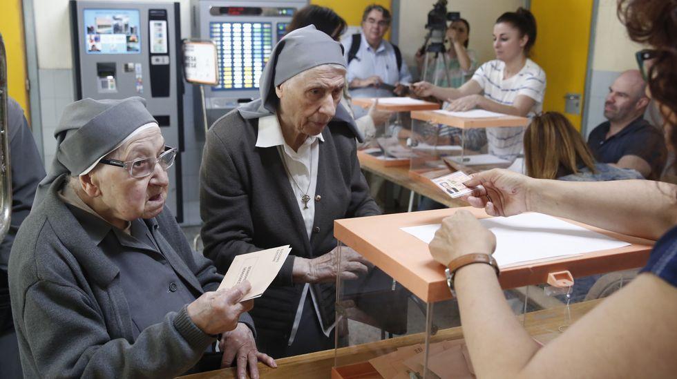 Un churrasco con baile amenazó con paralizar la votación en el barrio de San Pablo, Catabois (Ferrol)