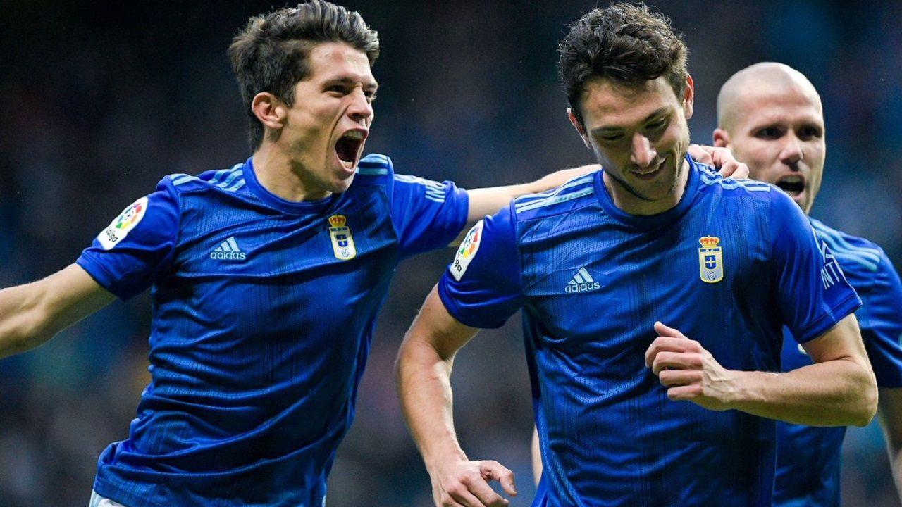 Nieto, Borja y ortuño celebran el 3-1 del Oviedo al Girona