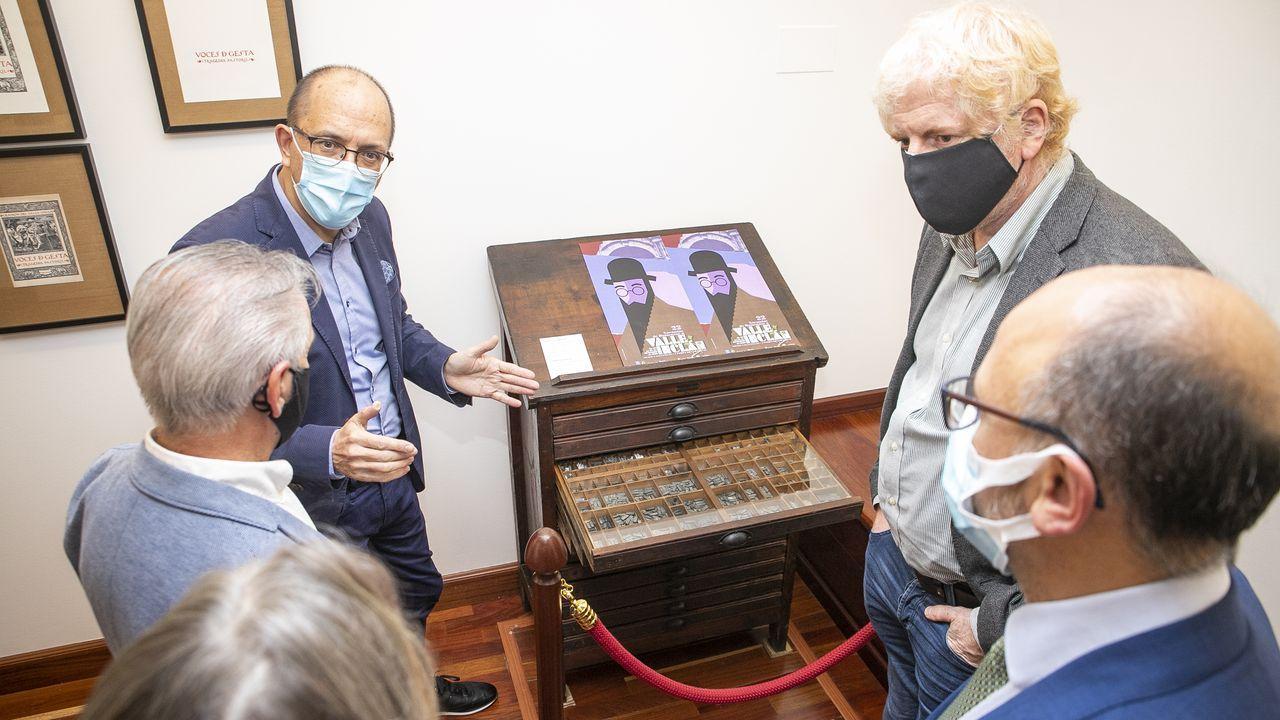El alcalde José Manuel Arias y la concejala Cristina Juiz recogieron el premio en Santiago