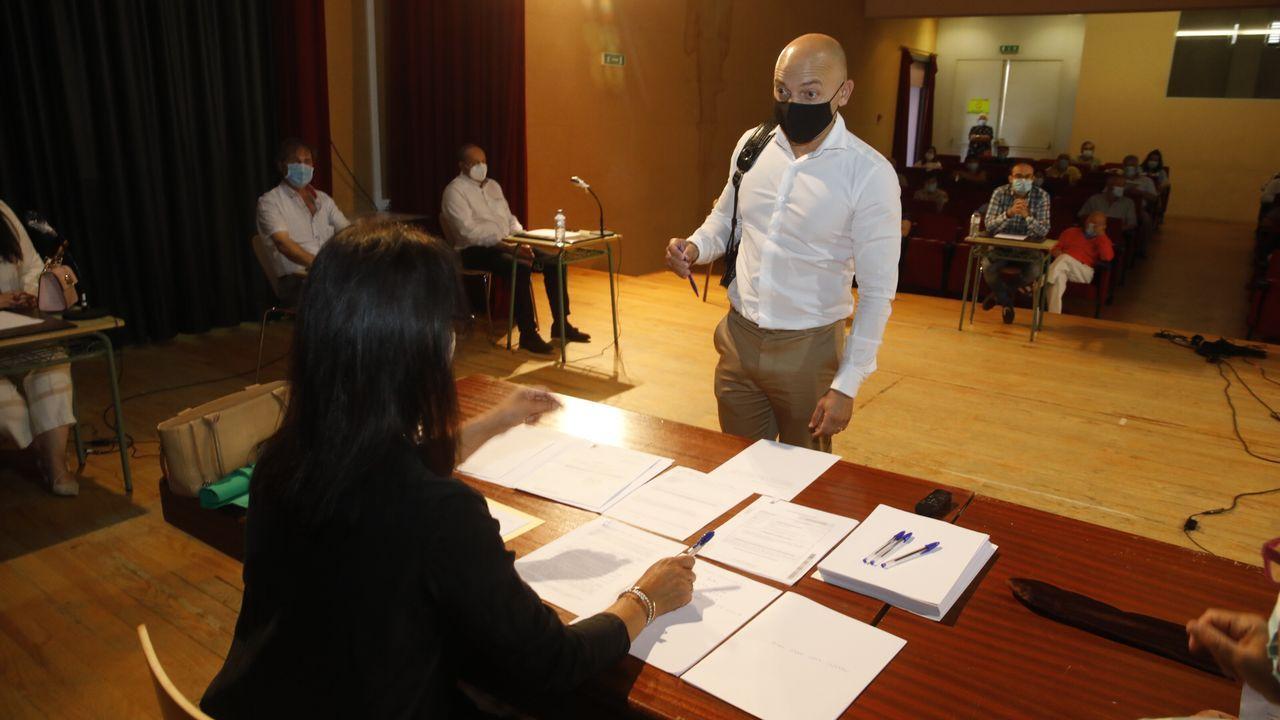Toma de posesión como concejal de José Luis Fraga Torres en sustitución de Antonio Gato