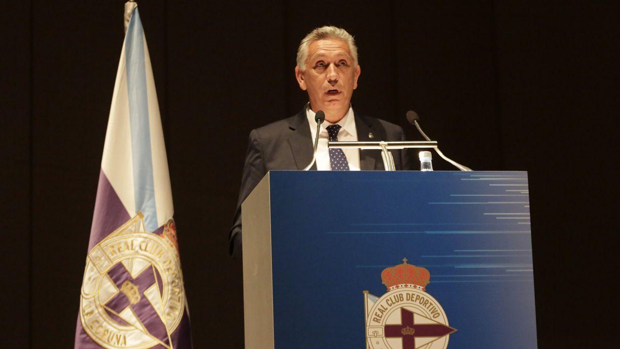 Las imágenes de la jornada electoral en el Deportivo