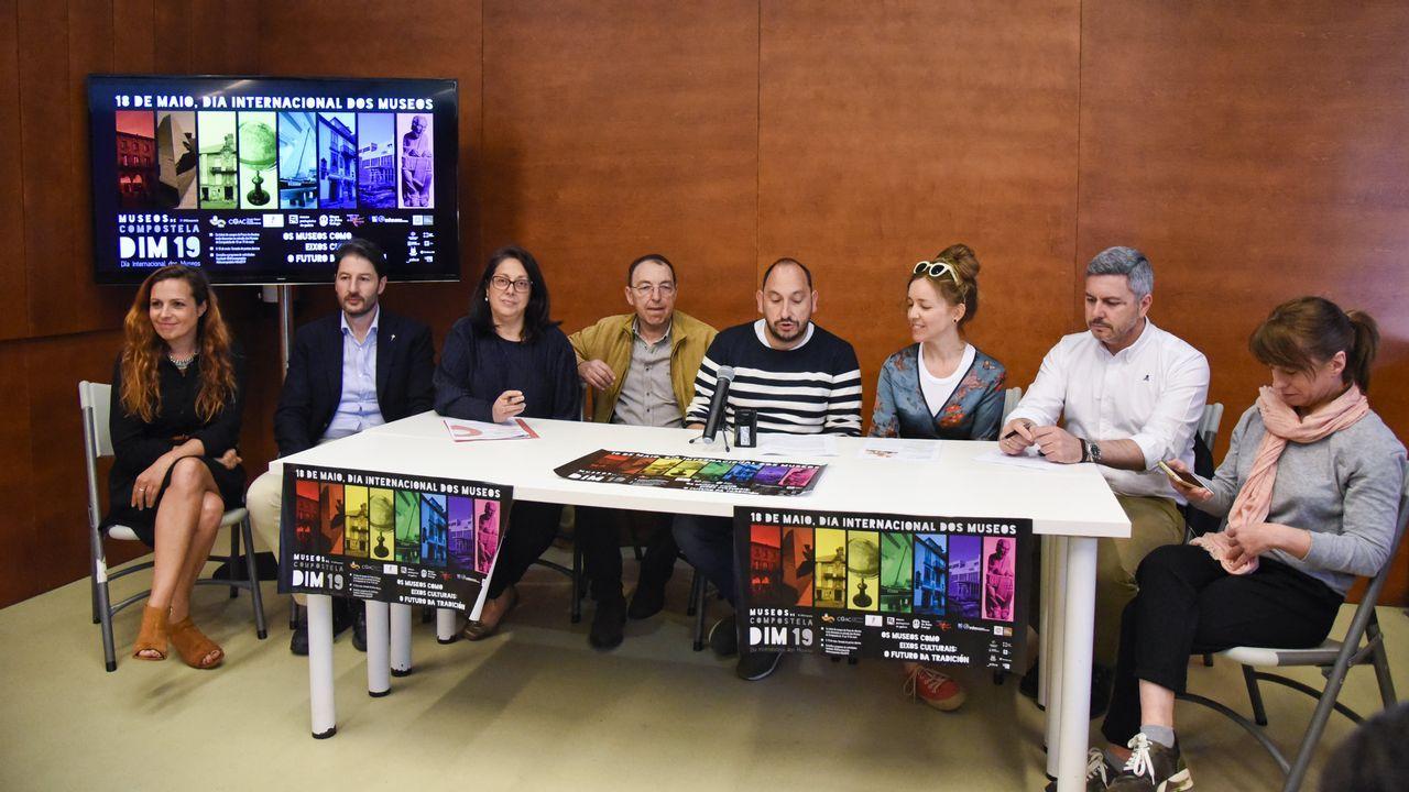 Ana Valles fundó en 1986 junto a Baltasar Patiño la compañía Matarile Teatro en Santiago