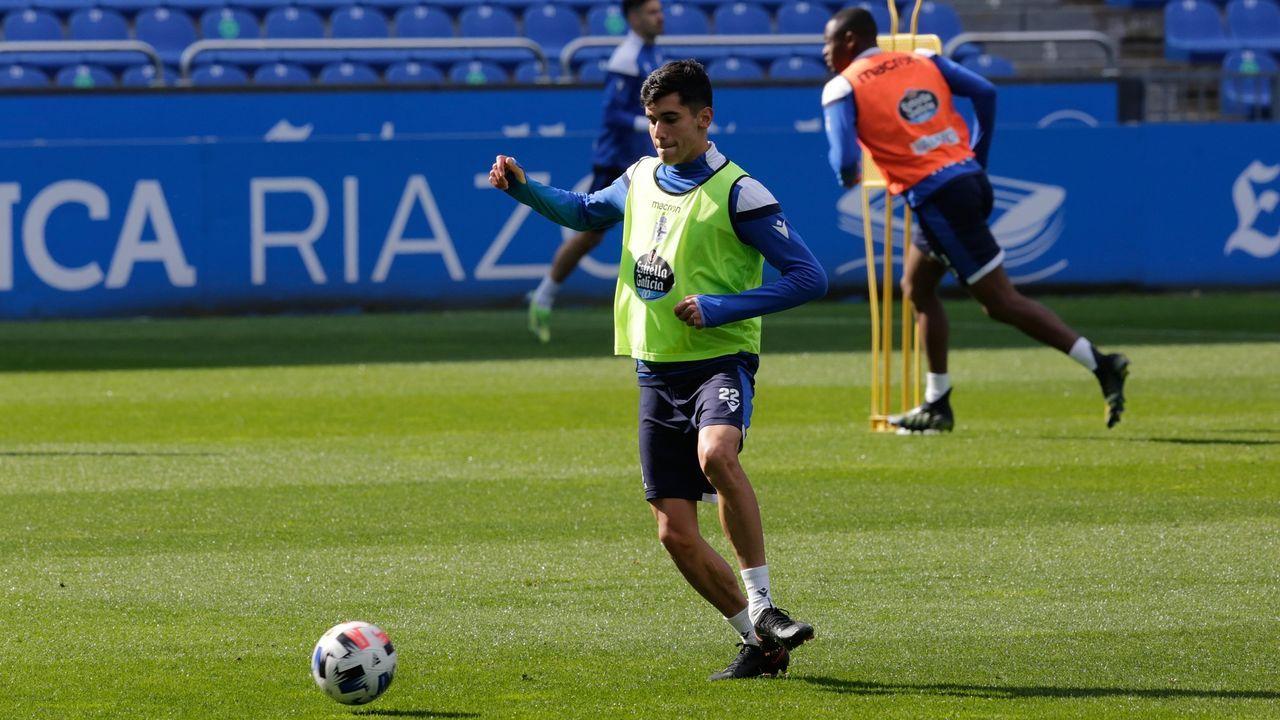Diego Villares, durante un entrenamiento con el Dépor