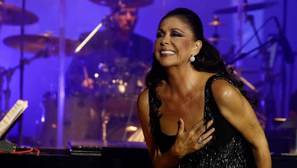 Tiene 72 horas para entrar en la cárcel.Isabel Pantoja en un concierto en diciembre en A Coruña.