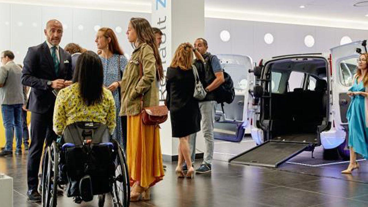 Renault presenta sus modelos para personas con movilidad reducida