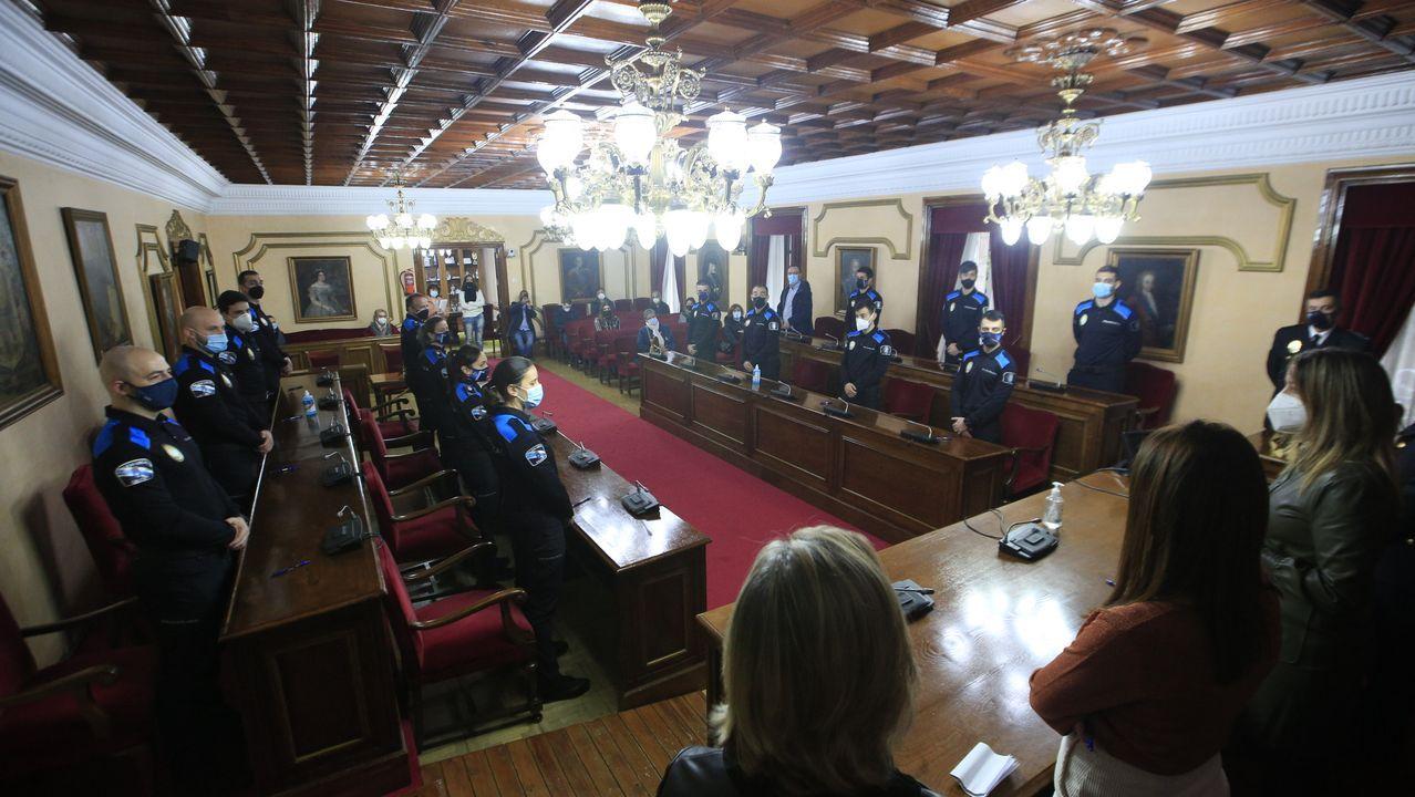 El homenaje de Ferrol al personal sanitario por San Xiao.Toma de posesión de quince nuevos policías locales en Lugo