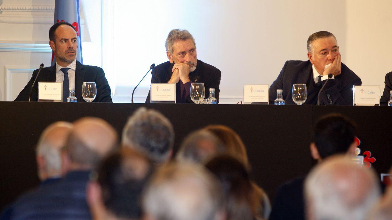 Dos décadas de las uvas al mediodía en Vilagarcía.El autor del robo de la Cámara Santa, antes de entrar al juicio en Oviedo, en el año 1978