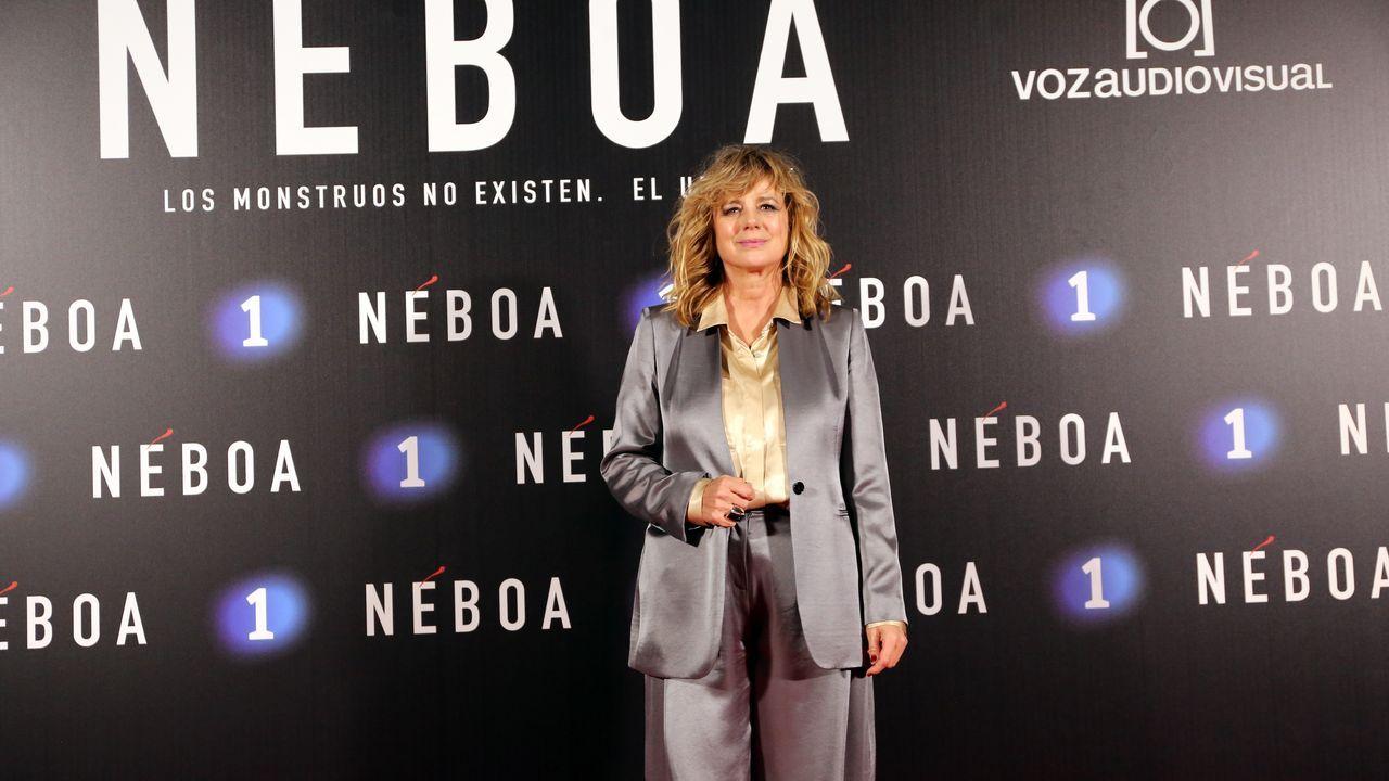 Emma Suárez intrepreta a Mónica, teniente de la UCO que llega a la isla de Néboa para resolver un crimen