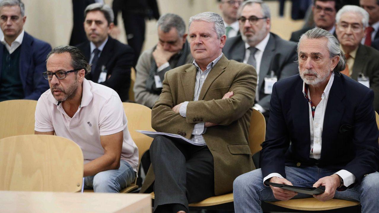 Rueda de prensa de Feijoo tras la reunión interdepartamental del coronavirus.Álvaro Pérez «El Bigotes», Pablo Crespo y Francisco Correa