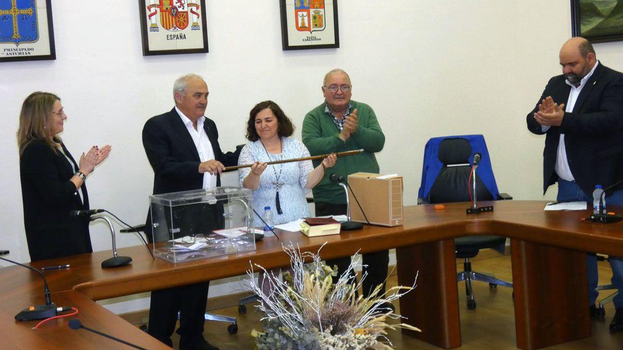 El pleno de Tapia de Casrariego ha nombrado alcaldesa a la socialista Ana Vigón