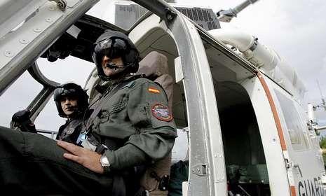 La unidad de helicópteros es capaz de divisar un fuego a 30 kilómetros de distancia.