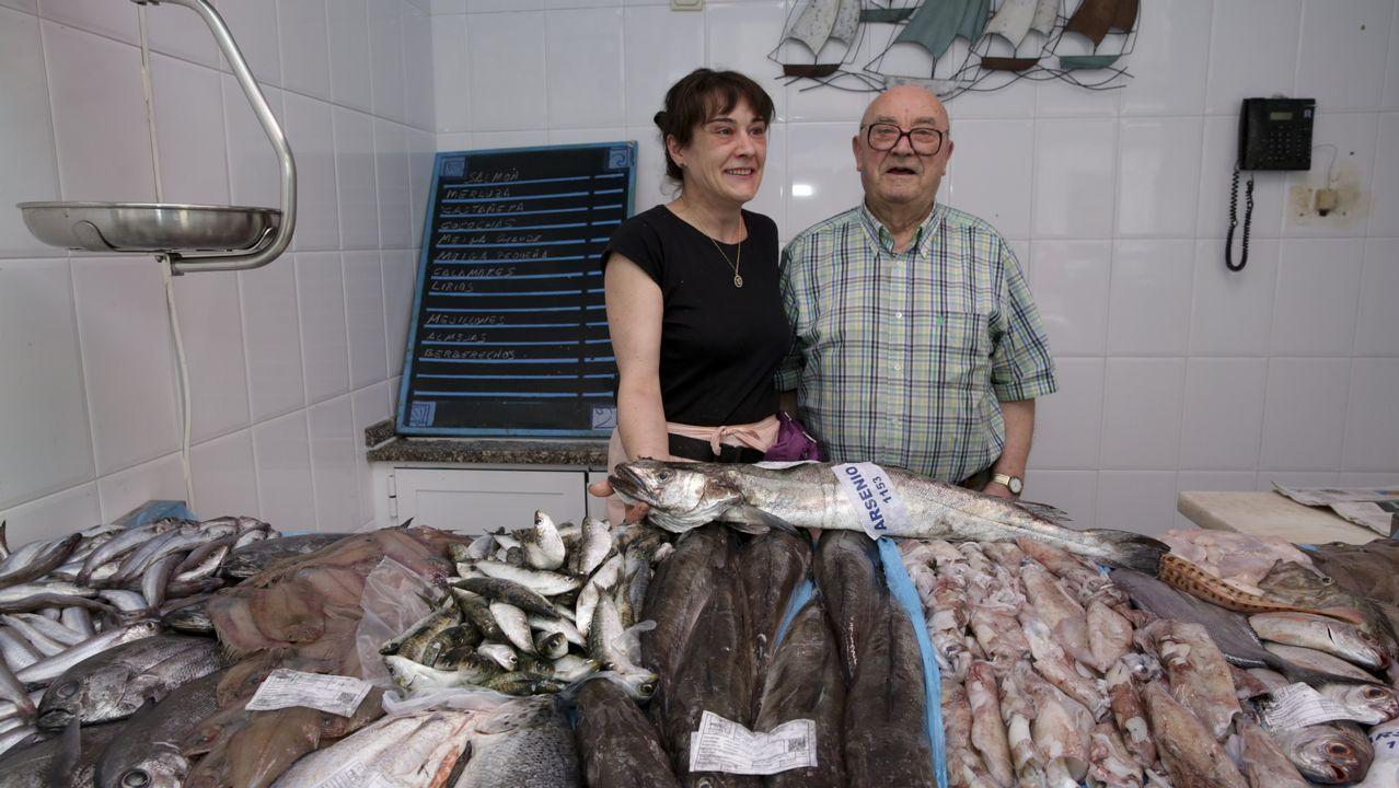 Dueños de la pescadería Nasa