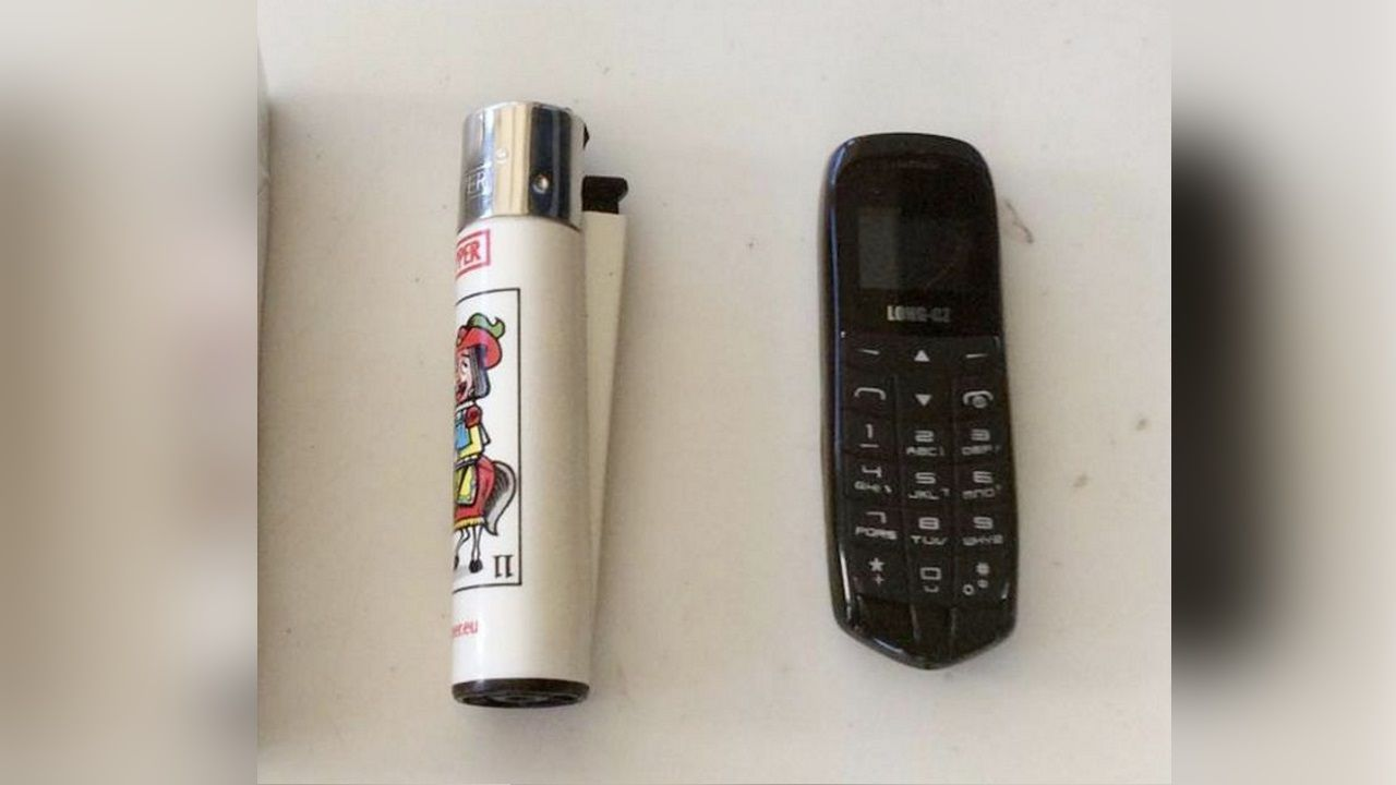 Los móviles pueden llegar a ser más pequeños que un mechero