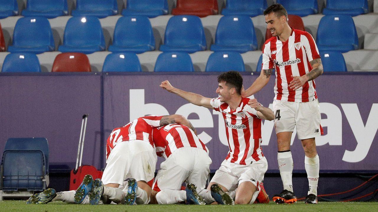 Hinchas del Athletic causan incidentes en Bilbao en la previa de la final de la Copa del Rey