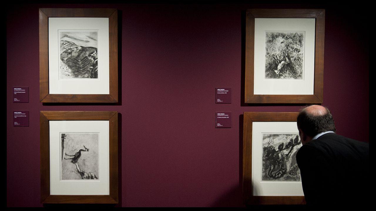 Chagall realizó para el galerista y editor parisino Ambroise Vollard una serie de «gouaches» para ilustrar «Las fábulas» de La Fontaine