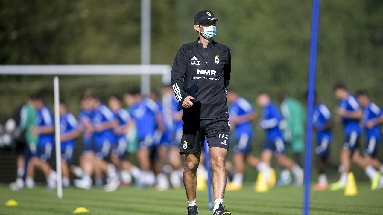 Blanco Leschuk Real Oviedo Tenerife Carlos Tartiere.José Ángel Ziganda en El Requexón