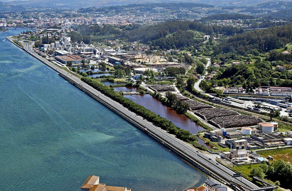 Los vecinos de Pontevedra, Marín y Poio creen que el impacto de Ence en su economía es positivo.