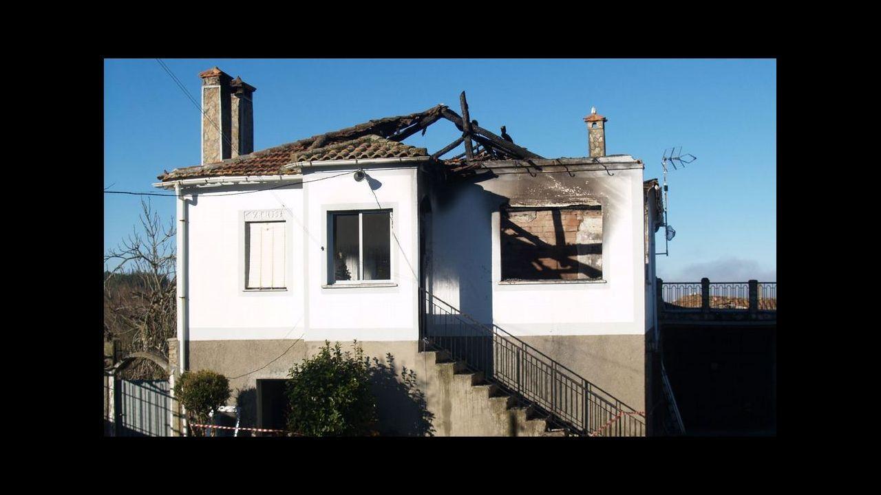 La casa que ardió el pasado año en Barantes, municipio de Sober, coincidiendo con las fiestas navideñas