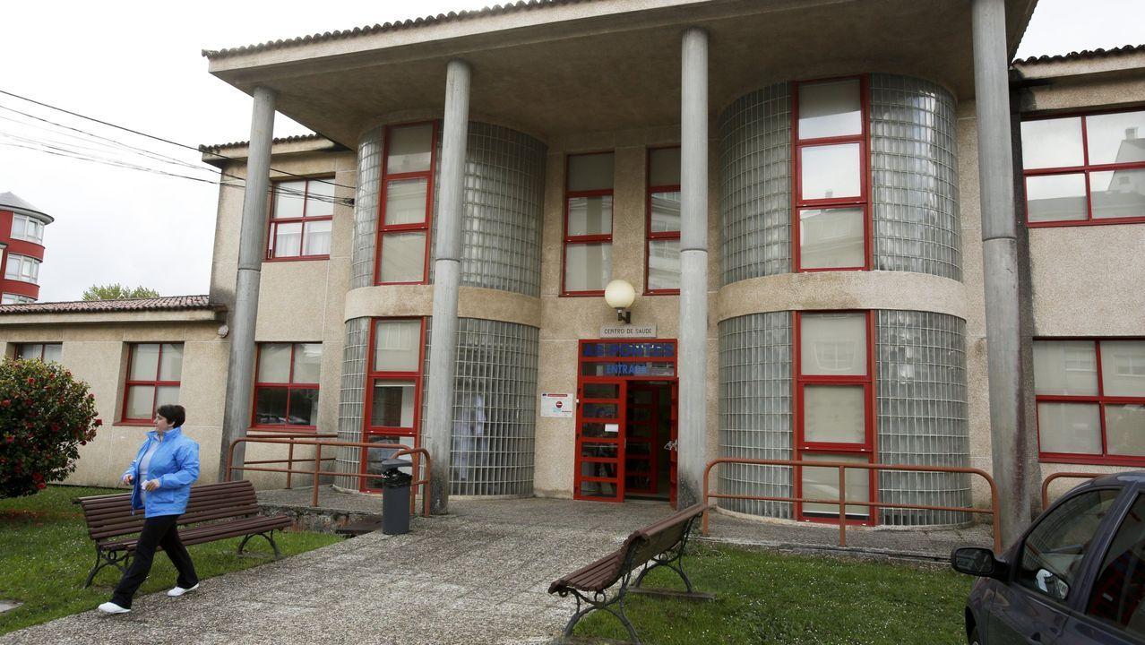 Centro de salud de As Pontes, donde fue atendida la víctima de la agresión