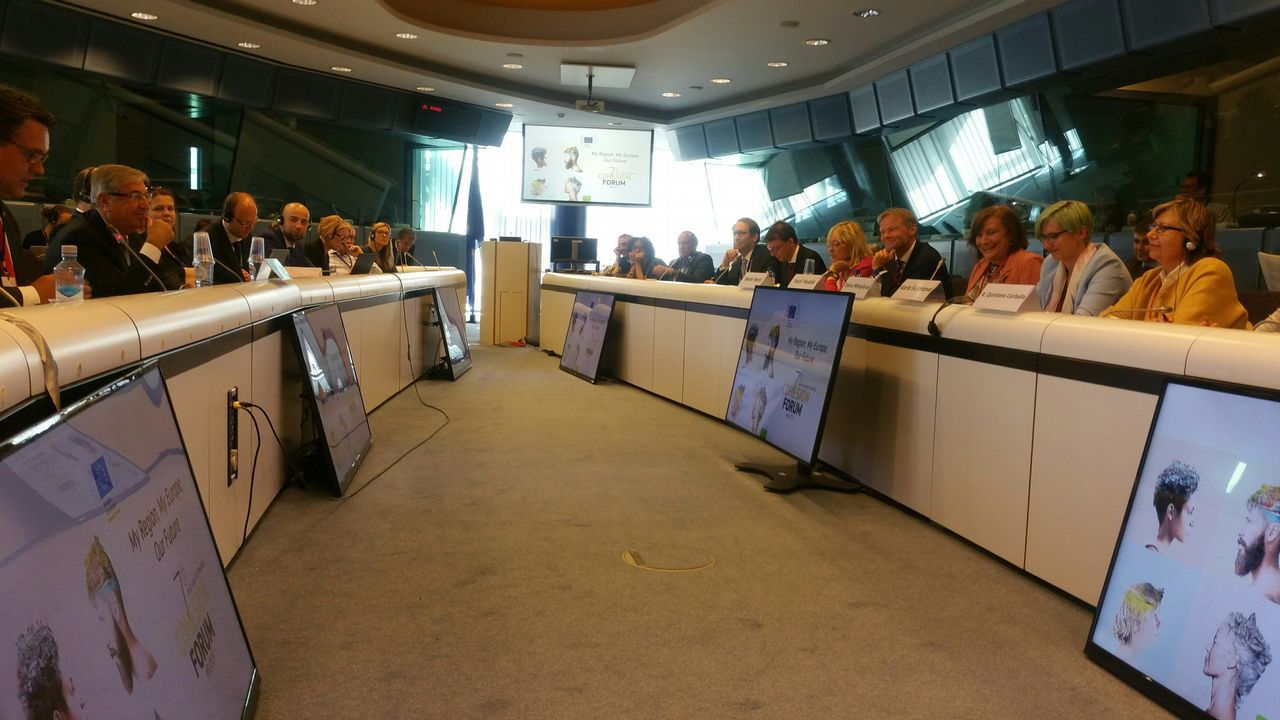 Katainen, vicepresidente de la UE, justificó los nuevos gravámenes
