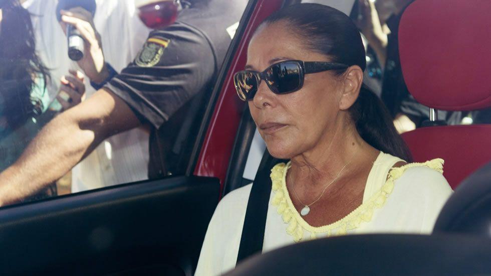 Isabel Pantoja ya disfruta de su tercer permiso penitenciario.Isabel Pantoja, en su último permiso penitenciario