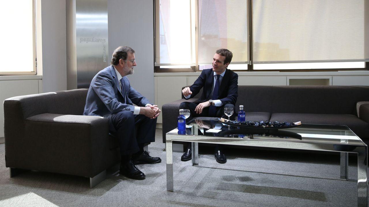 Imagen de archivo de una reunión de Casado con Rajoy en julio del 2018 en la sede del PP
