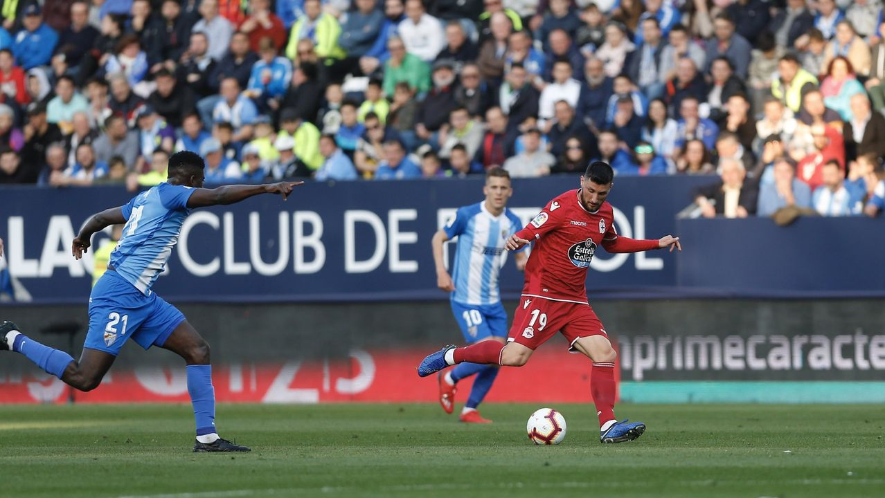 Largas colas en Riazor para la final por el ascenso.Imagen del partido del pasado 27 de mayo en Riazor entre el Deportivo y el Mallorca que acabó con triunfo local por 1-0