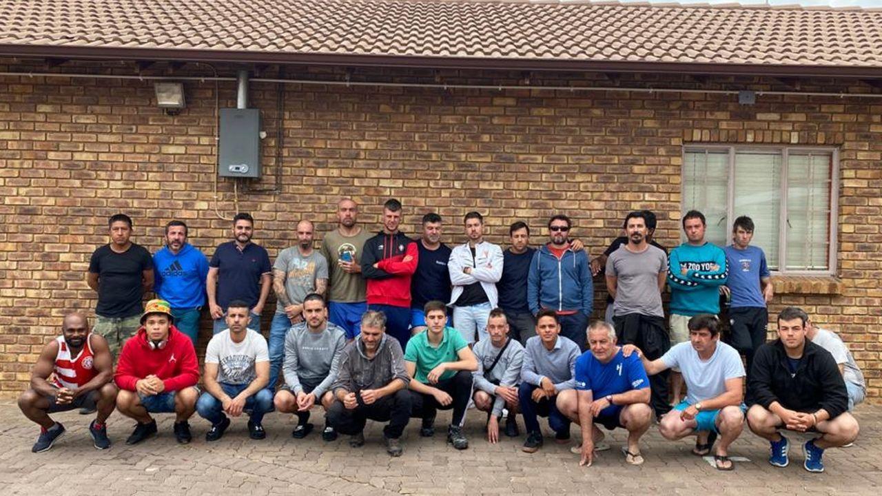 Una parte del más de medio centenar de trabajadores españoles del sector eólico atrapados en Sudáfrica
