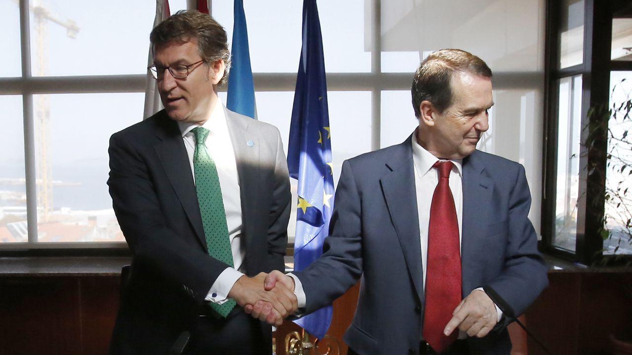 Vialia toma forma.La ministra de Política Territorial, Carolina Darias, y el presidente de la FEMP, Abel Caballero, este miércoles