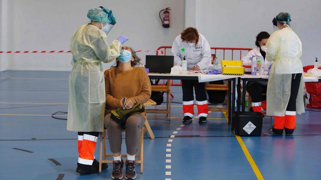 Este lunes concluyó en Ponte Caldelas el cribado con PCR para vecinos de 30 a 64 años. Estaban citadas 1.828 personas