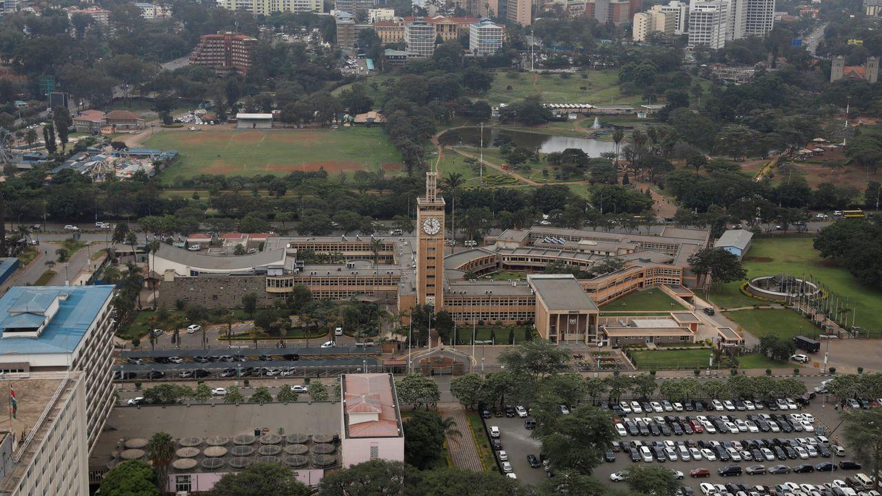 115 maneras de ver un belén.Edificio del Parlamento de Kenia
