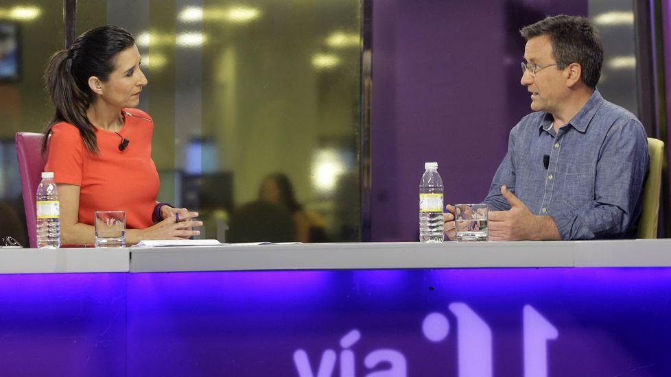 Entrevista a Xavier Vence en «Vía V».Representantes de CxL y PSOE mantuvieron una reunión ayer con jugadores del Coreti.