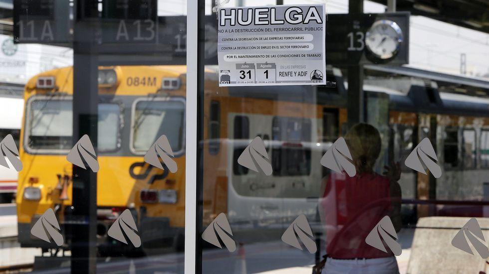 Imagen de archivo. Huelga de maquinistas y ferroviarios en el verano del 2014. Estación de Guixar (Vigo).