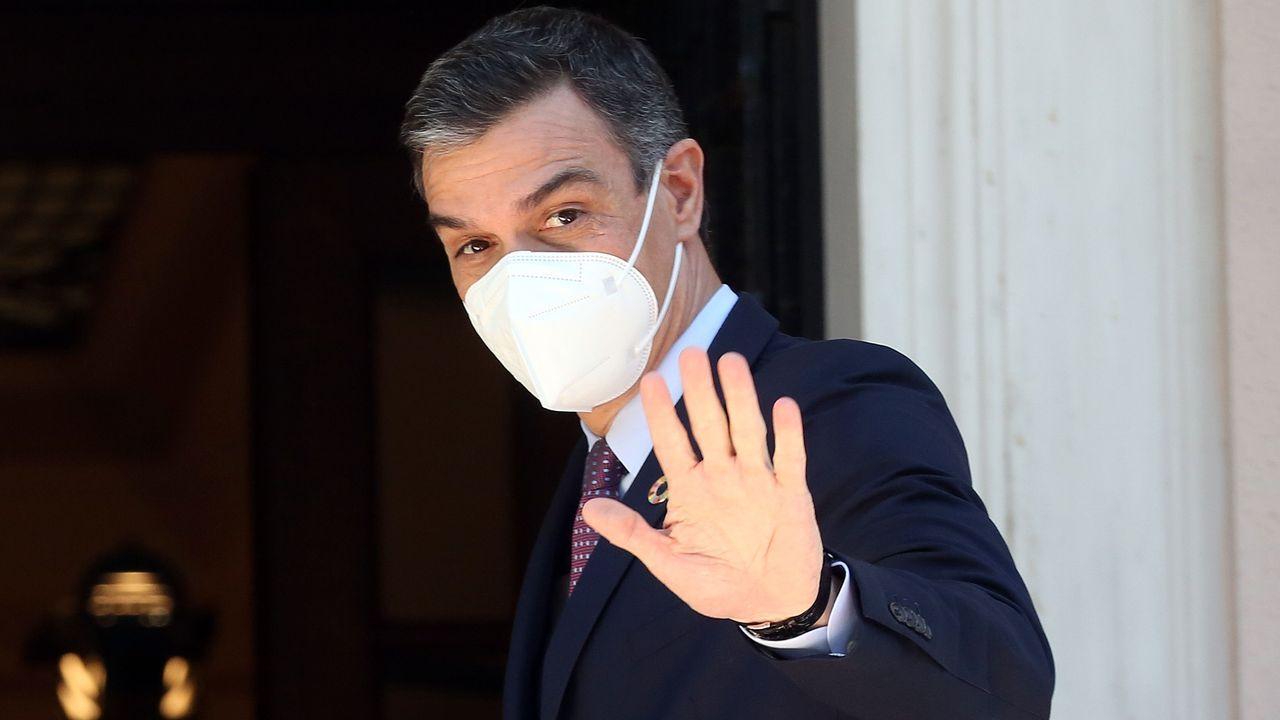 Calvo insiste en rechazar el plan B jurídico del PP: «Este Gobierno no quiere nada en B».Ana Pontón, Alberto Núñez Feijoo y Gonzalo Caballero, esta mañana en la sesión de control en el Parlamento