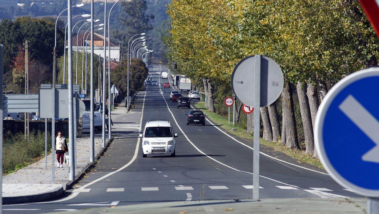 Así será el protocolo para votar en las autonómicas.Fachada de la Delegación Territorial de la Xunta en Ourense
