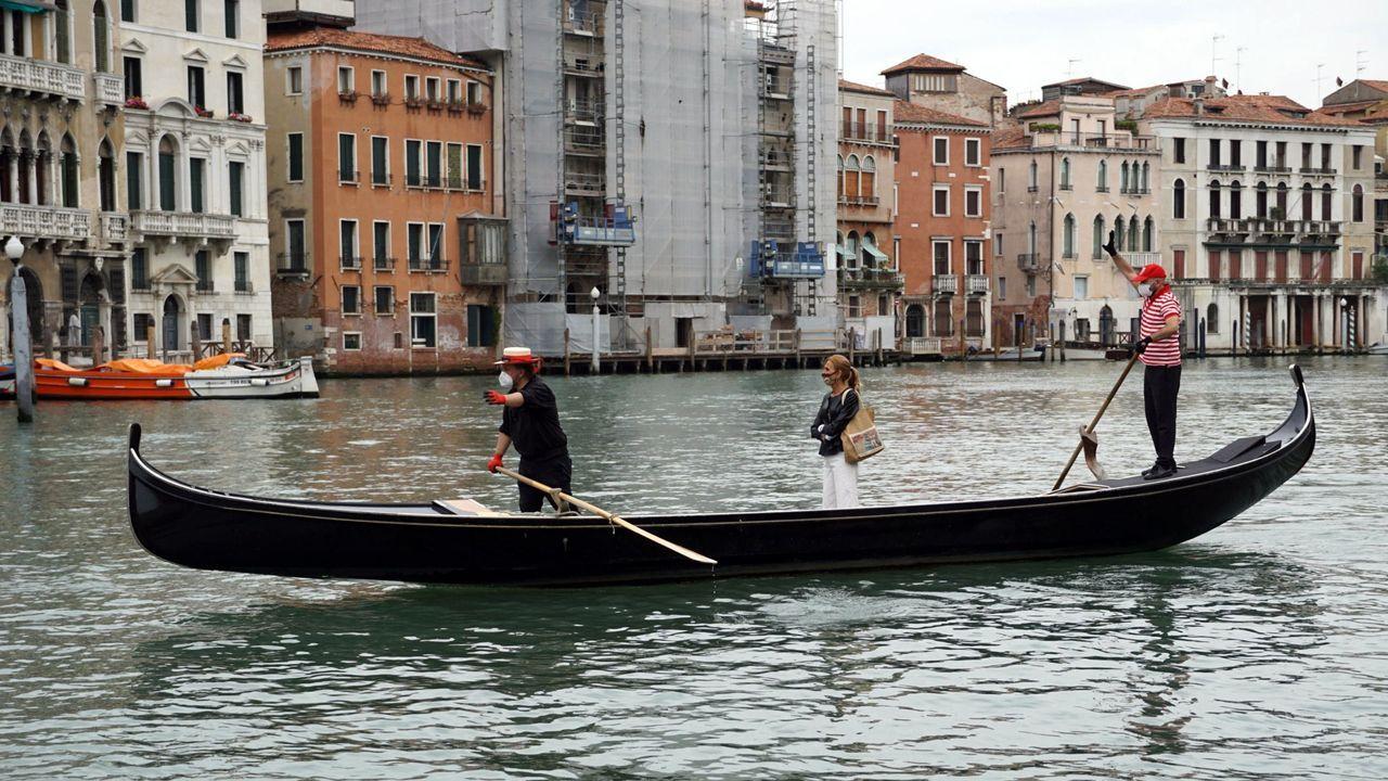 A partir del día 3 en Italia no habrá restricciones de movimientos. Por ahora, en ciudades tan dependientes del turismo como es Venecia, empieza a verse cierta actividad