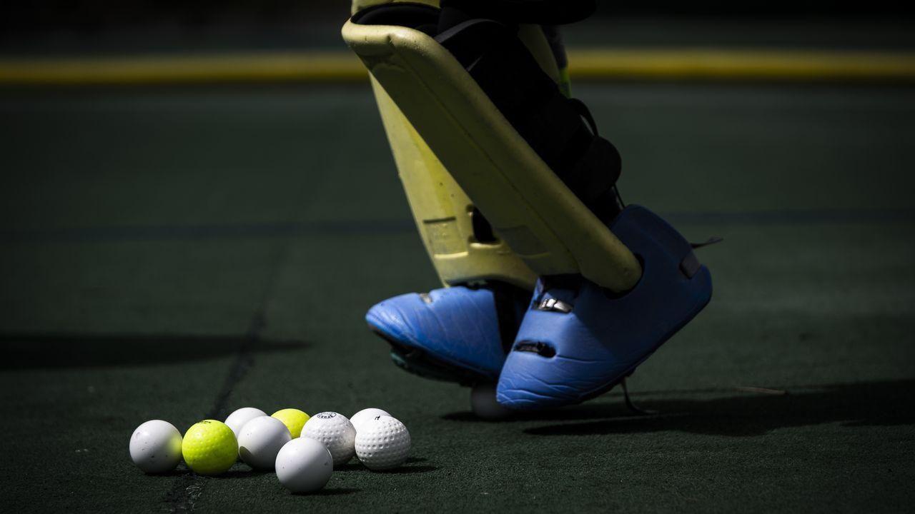 Los esforzados del hockey.El Club Hockey Albor y la plataforma Pontelasguardas organizaron una sesión formativa para porteros en Mariñamansa