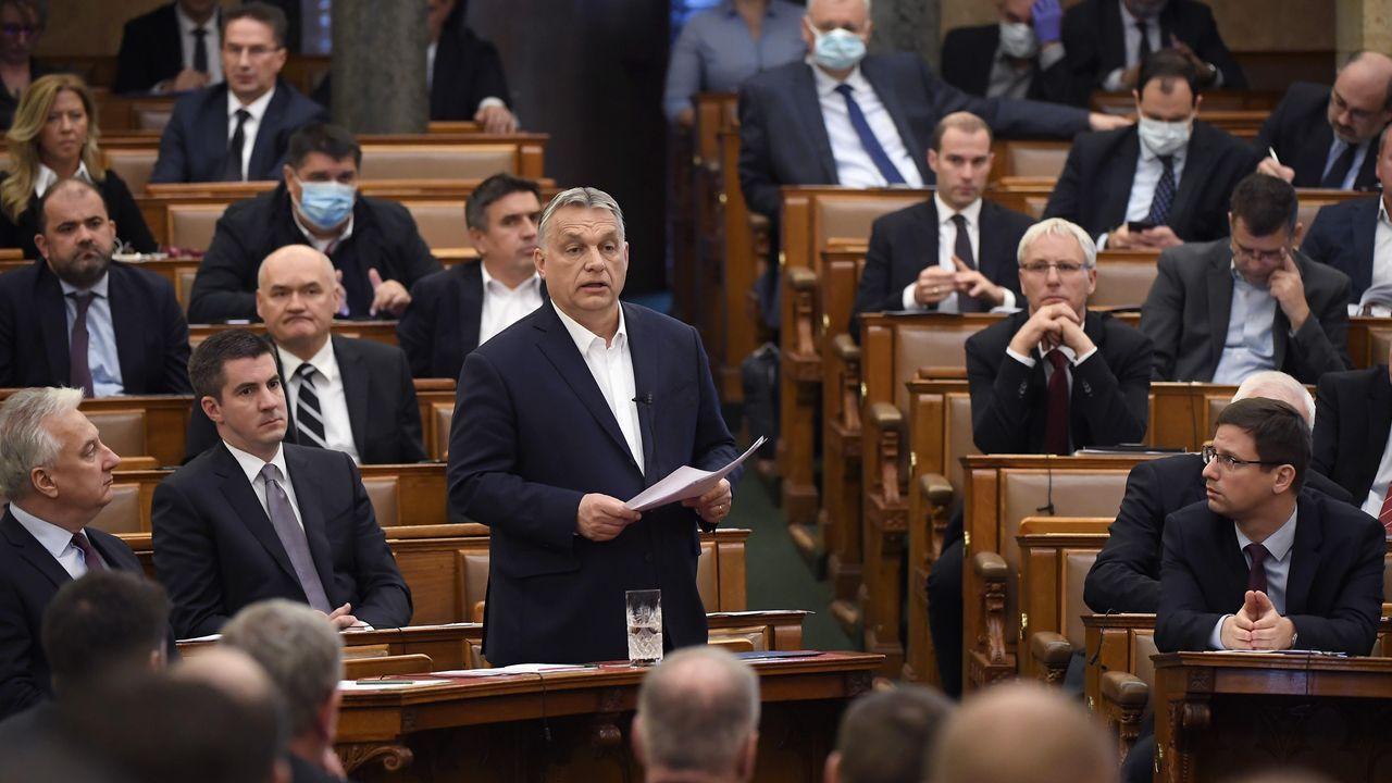 Palacio de Justicia del Principado de Asturias.Orbán defiende sus medidas, antes de la votación este lunes en el Parlamento