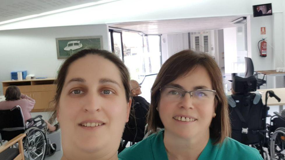 Aurora Dasilva y Milagros Pérez trabajan en la residencia de mayores de Manzaneda