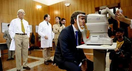 Feijoo, en la revisión ante el doctor Sánchez Salorio.