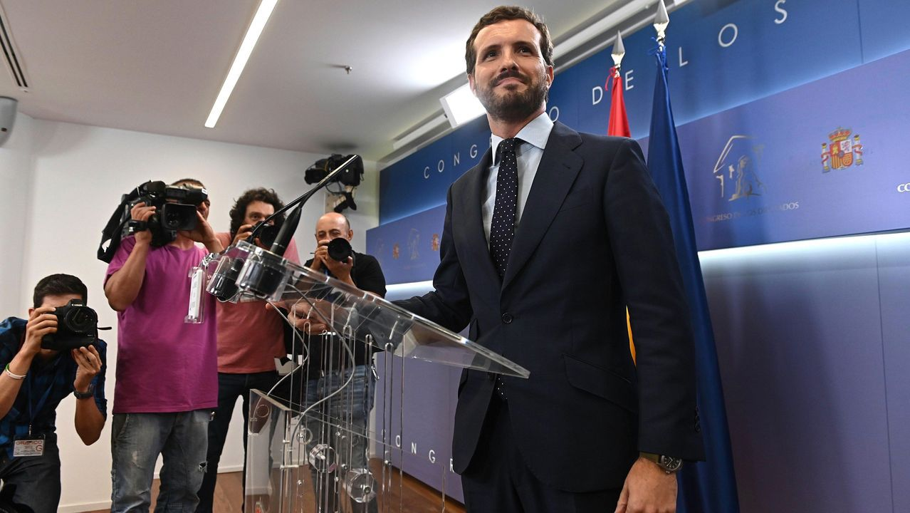 Cifuentes evita dar nombres de los responsables de su caída: «Estamos hablando de personas muy peligrosas».Casado espera rentabilizar el desacuerdo de PSOE y Unidas Podemos
