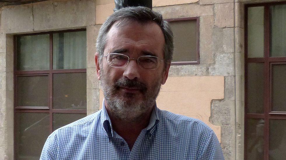 Fernández Díaz critica al gobierno de Pontevedra.Cruz recuerda que el PP era el apoyo de CIU hasta el 2012.