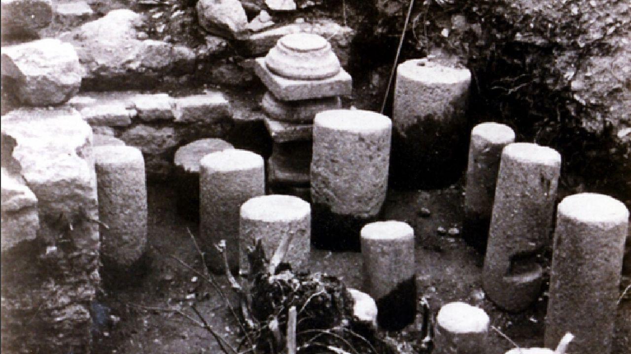 Una imagen de principios de los años 80 muestra vestigios de un hipocausto, un sistema de calefacción subterránea, descubiertos en esa época en Castillón