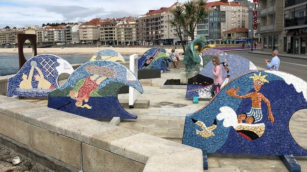 Los murales «Deportes acuáticos», ya en Sanxenxo