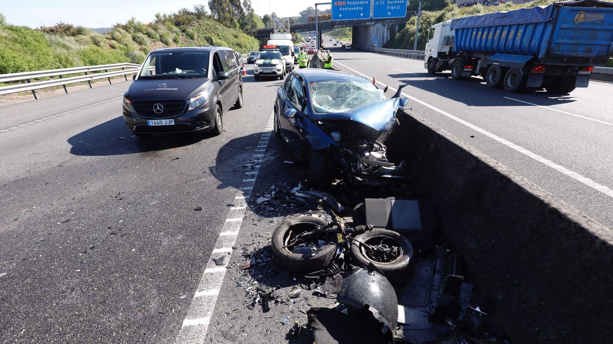 Choque frontal en la autopista en Vigo