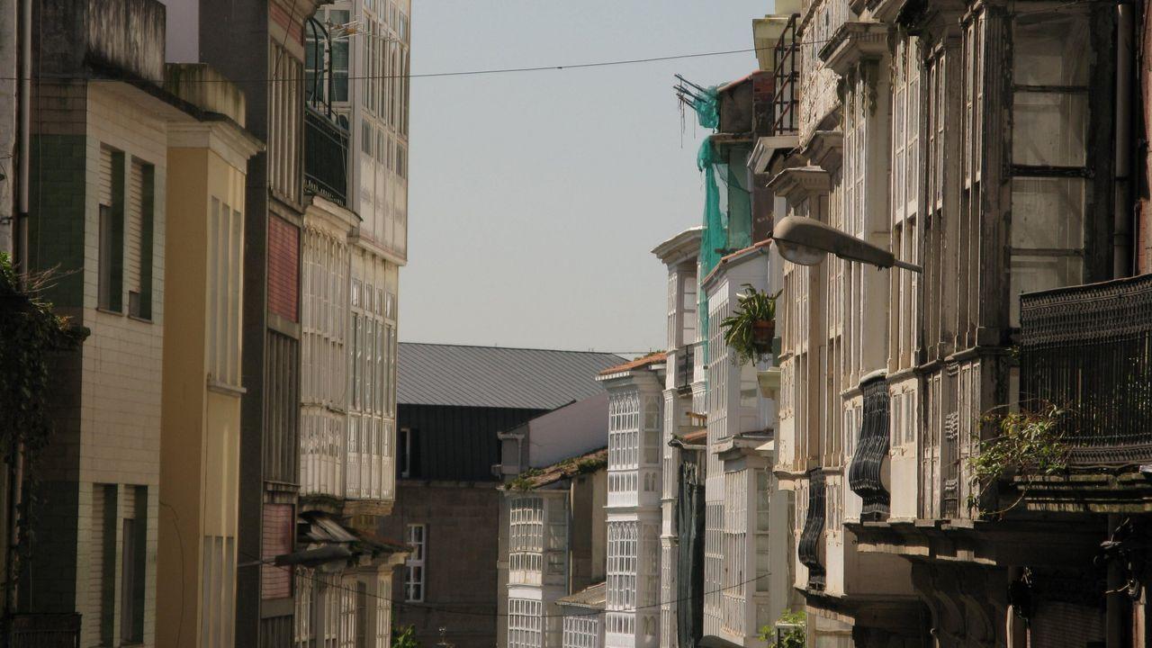 20 fotos para 20 años de la Muralla de Lugo Patrimonio de la Humanidad.Mantener la Catedral de Lugo cuesta anualmente unos 150.000 euros
