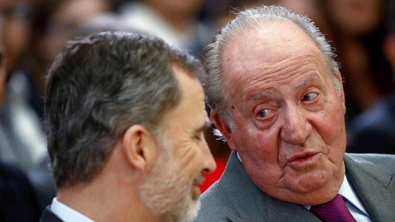 Felipe VI y el rey emérito Juan Carlos en la entrega de los premios nacionales del deporte, en el 2017