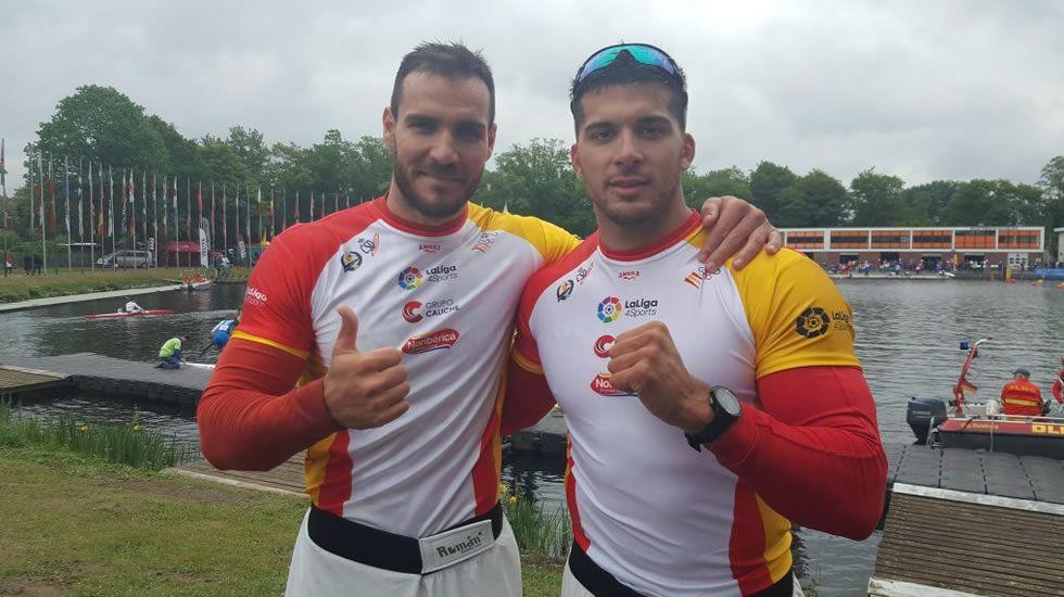 El dúo explosivo de Toro y Craviotto.La pareja española lideró la regata del preolímpico europeo desde los primeros metros.